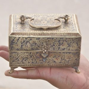 Old Brass handcrafted Lacquer Floral Engraved Perfume Bottles Box With 6 Bottles – 41038
